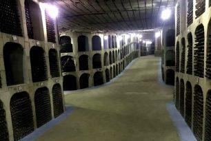 la plus grande cave a vin moldavie