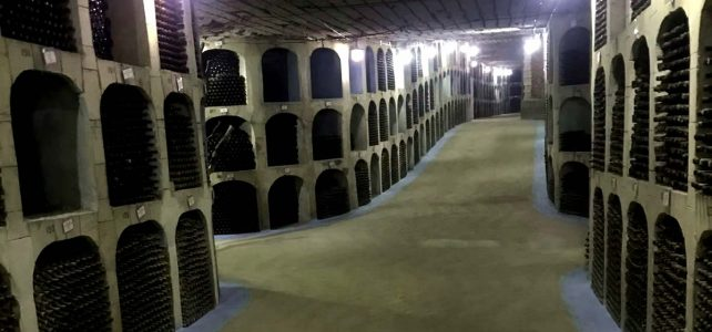 la plus grande cave a vin moldavie
